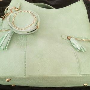 🆕 NWT Lime green 👜 Handbag 👜